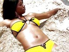 Bikini ebony Kiki Armani get a white pecker