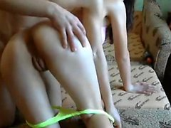 Amateur pareja follando y chupando webcam con corrida