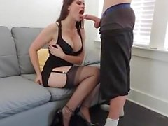 Slow deepthroat from hot buxty girl