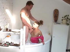 Valerie sneaks up on her boyfriend as he's taking a bath