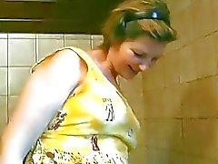 Senhora alemã grávida é baixo para foder Produção Sascha