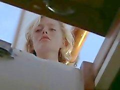 Elizabeth Hurley , Patsky Kensit - Kill Crociera