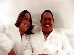Meu vídeo xxx primeiro com minha esposa