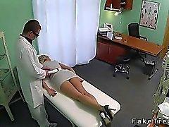 Taklit Hastanemizde doktoru tarafından berbat Blonde seksi
