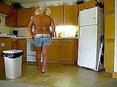 Et harcına becummin mutfaktaki Berta !