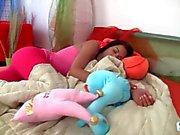Teen Jessica wakes up horny