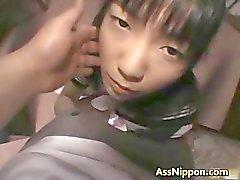 Hina Sakura schattige echte Aziatische model speelt