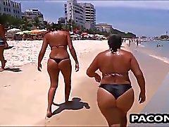 Beach ile ilgili Seksi Anne