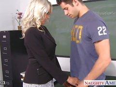 Sex teacher Emma Starr take cock in classroom