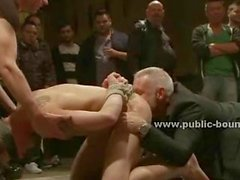Vecchio posto sporca è utilizzato da Club of gay gruppi i pervertiti Sex al mee