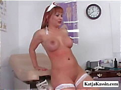 Katja Kassin infirmier Booty en service de ( la pleine )