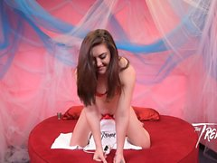 Sexy Kat Monroe Gets Her Pussy Rocked On The Tremor