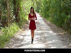 PunishTeens - Petite Jovencitas Dominada y cogido difícilmente