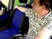Чехия Зрелые Хукер трахнули в автомобиле