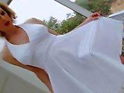 Blonde Shemale Delia Biyolojik Girl kerken