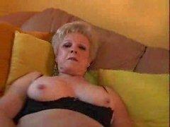 mormor med stora klitoris