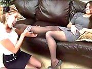 Боссы дочери получает свою нейлоновые Ножки Поклоняться