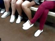 Metroda bacaklar
