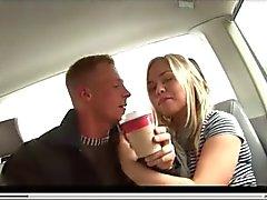 Alemã Louro fodido na automático Backseat , por Blondelover .