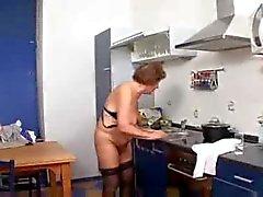 Vovó Marta na cozinha