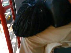 Kandidativa sandaler i buss och tåg
