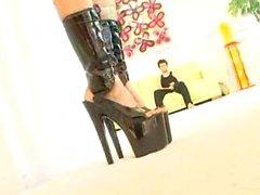 Rachel Starr scopata nel gli stivali in lattice !