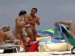 Nude Beach BVR geçen sahneler