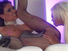 Jessica Jaymes Kina Kai and Nikita Von James in hot threesome