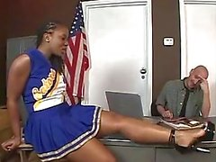 Culo grande Negro Cheerleader Search