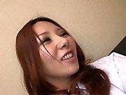 onu ıslak kedi ovuşturarak Asya kızıl saçlı orospu