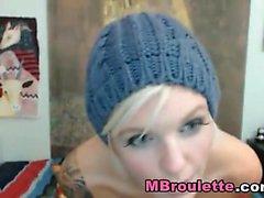 Göz Alıcı sarışın Kathia Nobili vahşi yalnız mastürbasyon hoşlanır