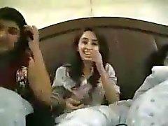 Jovens Universitárias paquistaneses grátis conversas fluxo eróticos