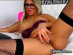 Blonde Bigboob masturbación gratis show en webcam