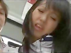 Pidättivät Japanin foxy kanssagroovy tempaus , Kotomi Asakura , saa ruuvata junassa