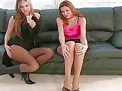 Минкс в секси шланг чувствует серьезными любовный туннельный зуд
