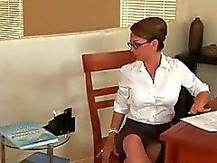Begriffe Rauchen heiß Sekretariat durchgefickt wild im Büro