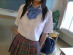 Japanilainen Koulutyttö - CD 1