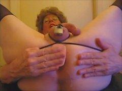 Joanne Slam - scene spruzzando