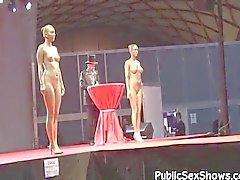 Meninas quentes posar nua em show de strip
