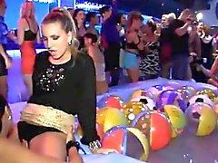 Dampfige reizvollen fuckfest -Party