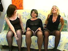 Mature Christelle fucked in a groupsex