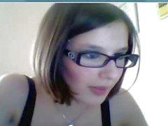 Attraktiva glasögon tjej gillar klämmor !