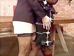 Granny & milf fisting en neuken