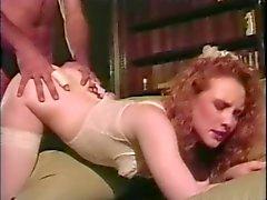 Peludo del Redhead de novia llamas consigue Assed