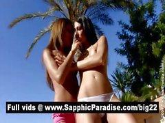 Великолепный брюнет и рыжая лесбиянками поцелуи и раздевание а обладающие лесбийским сексом