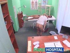 FakeHospital Hasta seksi tedavi alır
