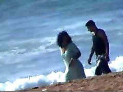 En pareja Marroquí de llamó puta en la playa de