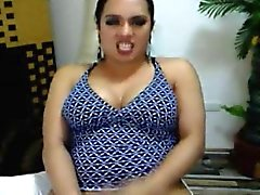 Cam On Azgın Busty Travesti Strokes ve cums