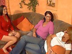 3 kiimainen saksa äidit hauskaadildo
