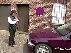 Mères Allemagne se éclatent Porno après séduire la rue